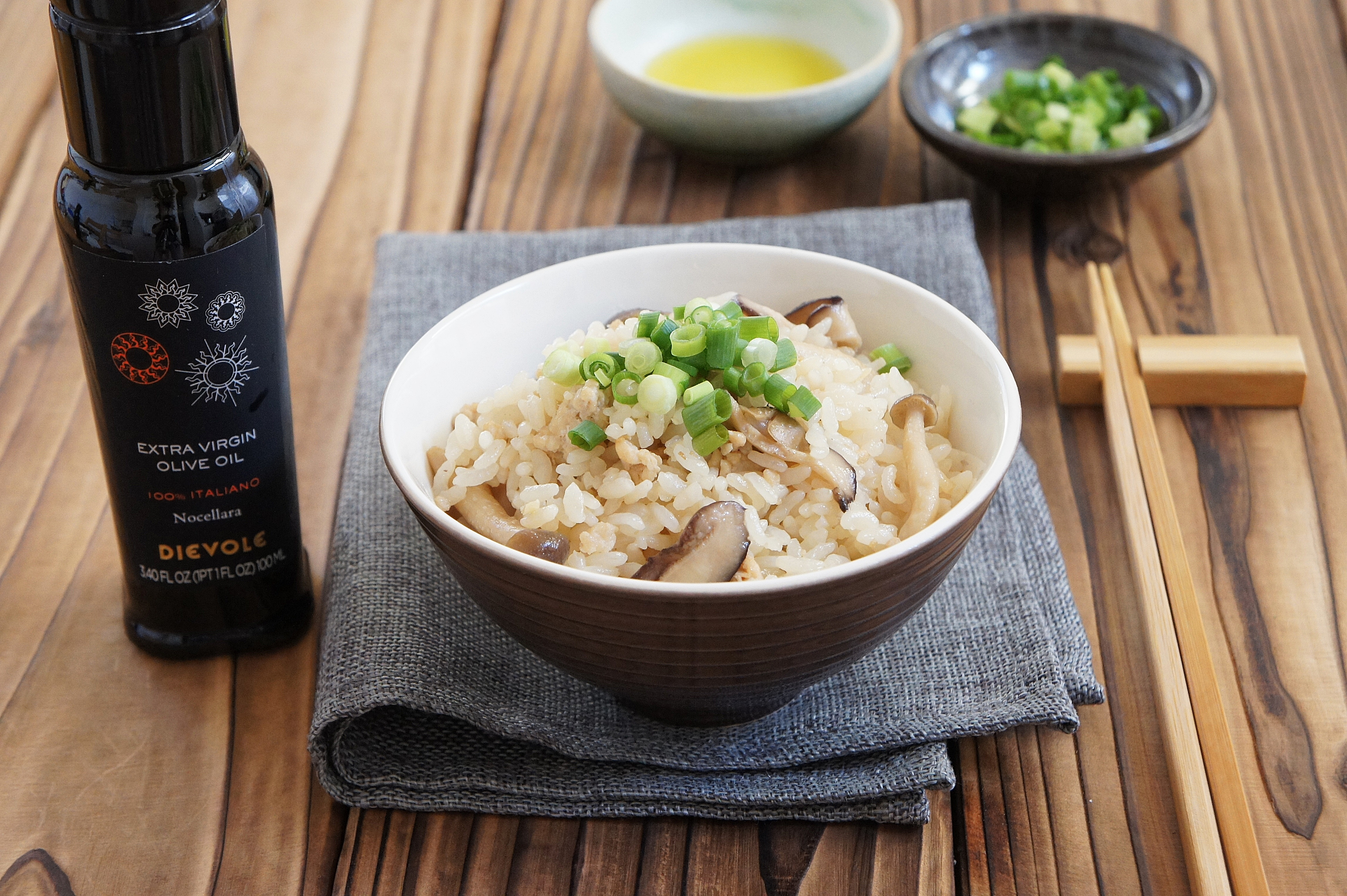 【レシピ掲載;感動オリーブオイル】たっぷりきのことオリーブオイルの炊き込みごはん